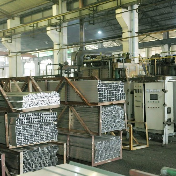 Nhà máy nhôm đúc nên sử dụng phương pháp lọc bụi nào?