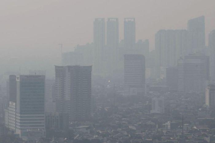 Tác hại của khói bụi với sức khỏe của công nhân trong nhà máy